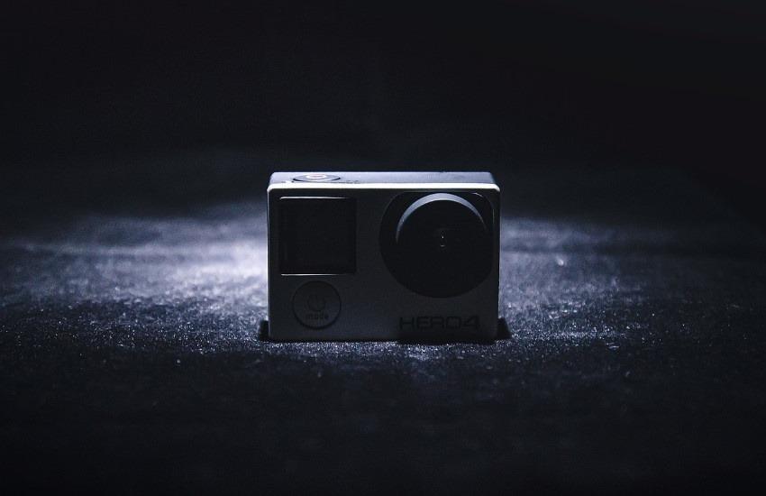La cámara oculta y el detective privado